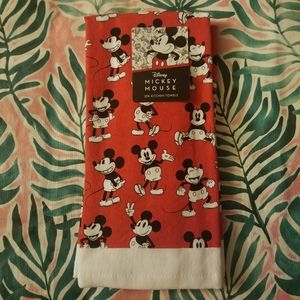 2 Pack Disney Mickey Mouse Kitchen Towels Red NWT